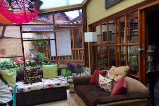Casa en venta en Bosque De Pinos 395m²