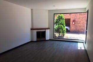 Casa en venta en Iberia de 198mts, tres niveles