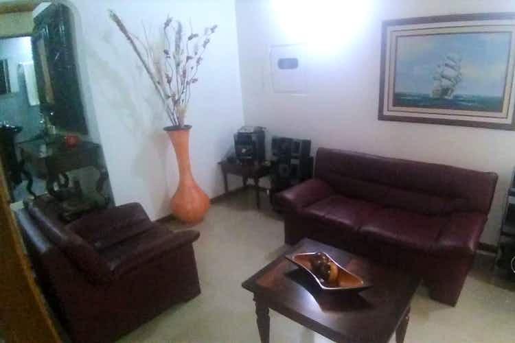 Portada Casa en venta en Villa del Prado de 110mts, dos niveles