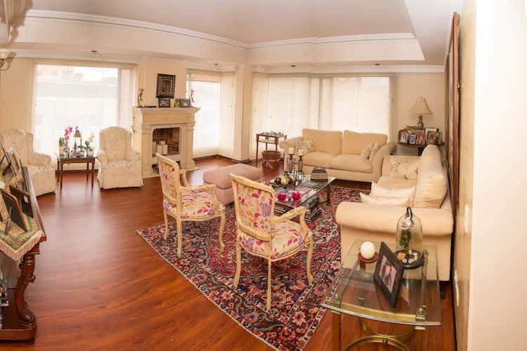Portada Apartamento en venta en Chicó Navarra de cuatro habitaciones