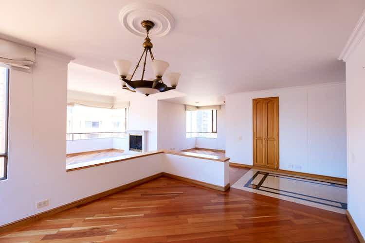 Portada Apartamento en venta en Retiro de Santa Monica de 3 habitaciones