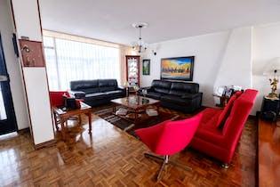 Casa en venta en Niza Norte de 4 alcobas