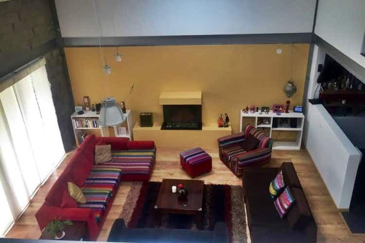 Portada Casa en venta en Casco Urbano Chía, de 233mtrs2