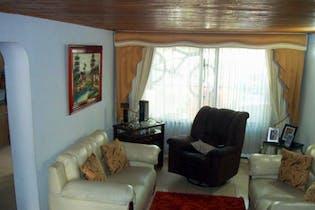 Casa en venta en Villa Del Prado con acceso a Jardín
