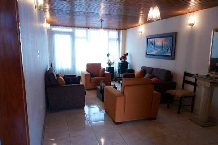 Portada Casa en venta en  Andes de 3 habitaciones