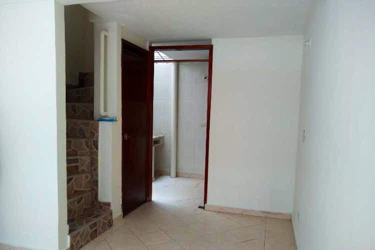 Portada Casa en venta en Castilla de 57mts, tres niveles