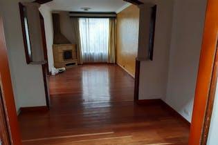 Casa en venta en Mirandela de 3 hab. con Jardín...