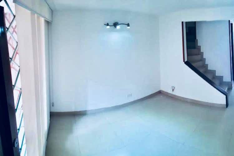 Portada Casa en venta en Portales del Norte, 96mt de tres niveles.