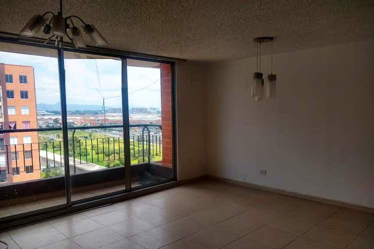 Portada Apartamento en venta en  Ciudad Alsacia de 3 habitaciones