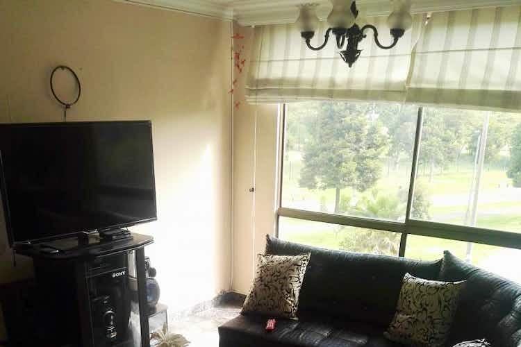 Portada Apartamento en venta en  Ciudad Salitre  de 3 habitaciones