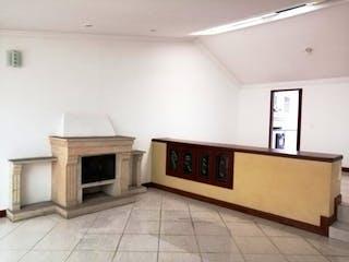 Cocina con fogones y microondas en Casa en venta en Modelia, 200mt con chimenea