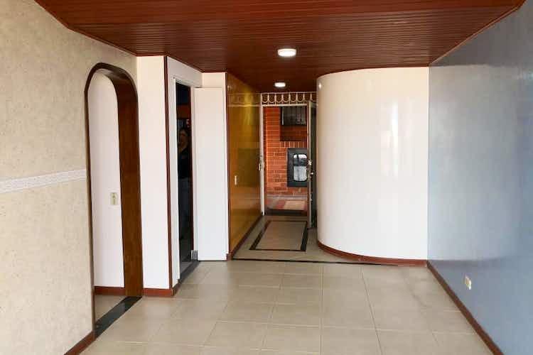 Portada Apartamento en venta en Santa Rosita de tres habitaciones