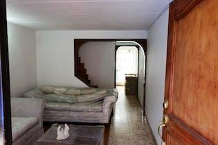 Casa en venta en Portales Del Norte de 4 habitaciones
