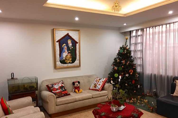 Portada Casa en venta en Barrio Modelia, de 246,6mtrs2