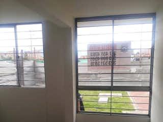 Una vista de una habitación con una puerta corredera de cristal en Apartamento en venta en El Tintal, 42mt