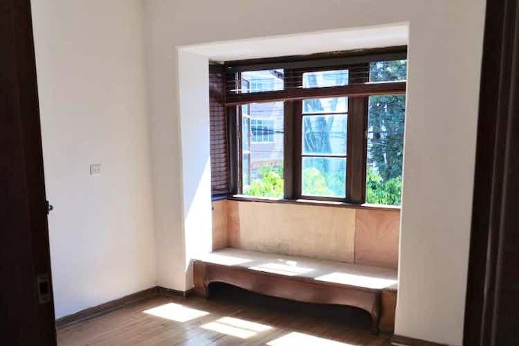 Portada Casa en venta en  Quinta Camacho de  8 habitaciones
