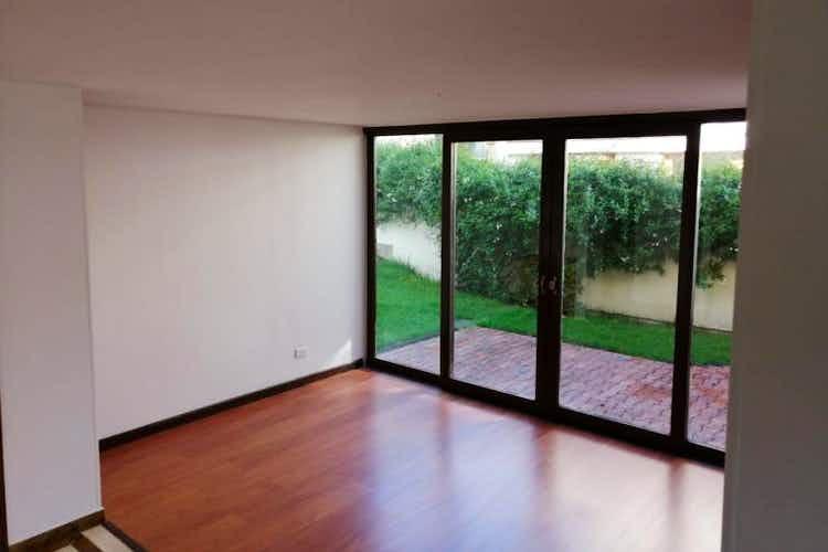 Portada Casa en venta en  Cedritos  de 4 habitaciones