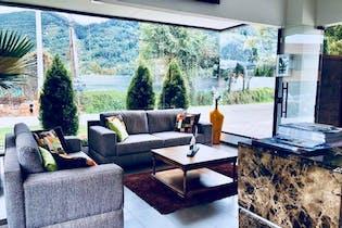 Casa en venta en Villa Los Pinos de 3 hab. con Gimnasio...