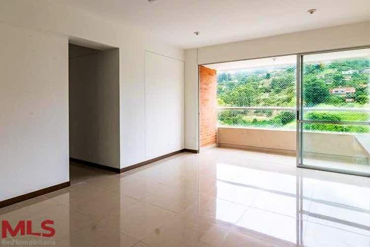 Portada Apartamento en venta en Asdesillas, 79mt con balcon