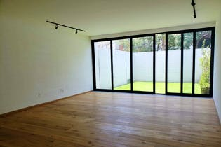 Casa en venta en Las Águilas, de 409mtrs2