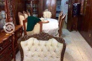 Casa en venta en Santo Domingo, 385mt de tres niveles.