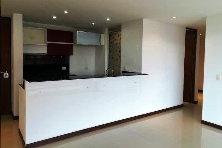 Portada Apartamento en venta en Prado Veraniego, 79mt con balcon