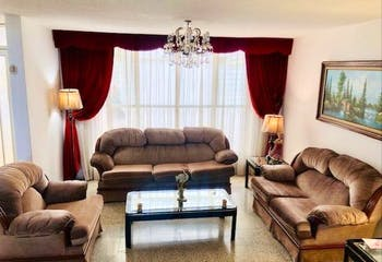 Casa con en venta en Puerta Grande, 224mt de tres niveles.