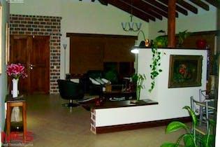 Gualanday, Casa en venta en Sector Gualanday de 400m²
