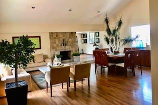Casa en venta en Lomas De Vista Hermosa de 4 hab. con Zonas húmedas...