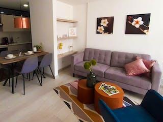 Una sala de estar llena de muebles y una televisión de pantalla plana en Maderos del Retiro