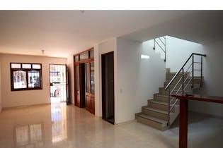 Casa en venta en Rionegro, 165m² con Jardín...