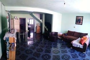 Casa en venta en Jardines De Morelos, 178m² con Jardín...