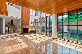 Casa en venta en Las Águilas, de 554mtrs2