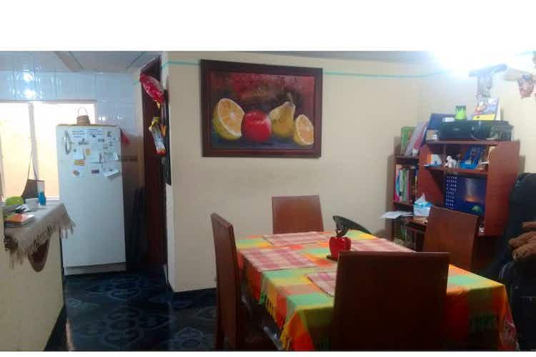 Portada Casa en venta en Engativá Pueblo de 181mts, tres niveles