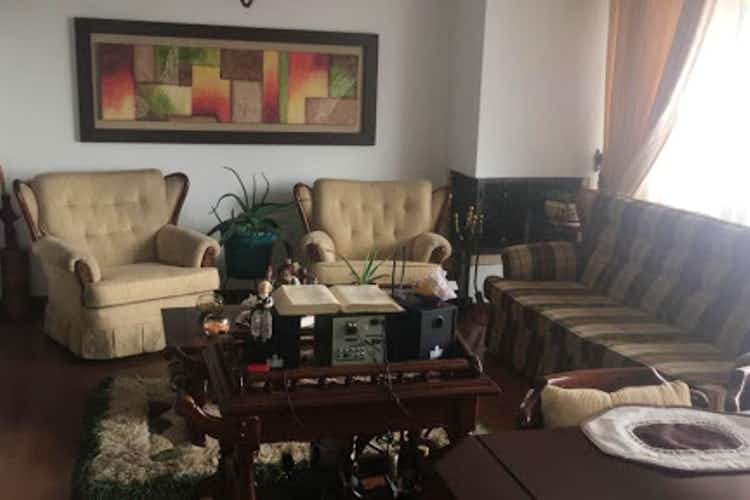 Portada Apartamento en venta en San Antonio Norte de tres alcobas