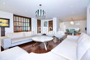 Apartamento en venta en El Nogal de 185m² con Jardín...