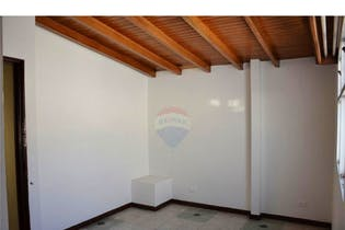 Apartamento en venta en El Estadio de 5 habitaciones