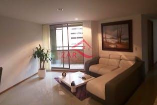 Apartamento en venta en Loma del Escobero de 3 habtiaciones
