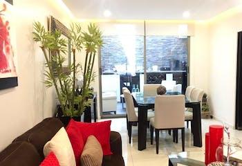 Casa en venta en San Lorenzo Atemoaya, 230mt de tres niveles