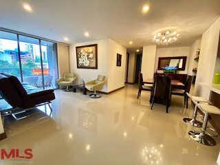 Una sala de estar llena de muebles y una televisión de pantalla plana en Font Living