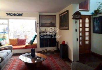 Casa en venta en Barrio Cedritos de 3 alcobas