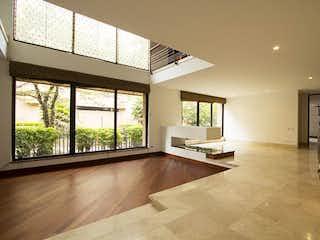 Casa en Venta en Chicó Reservado, de 361mtrs2 Duplex