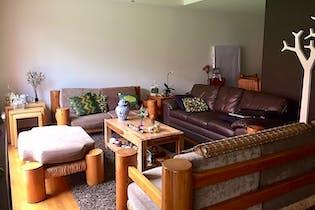 Casa en venta en Las Águilas, 184mt de tres niveles.
