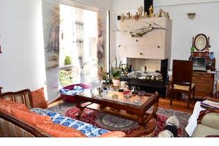 Casa 3 habitaciones Cerca a U Javeriana, 187 mts2-3 Habitaciones