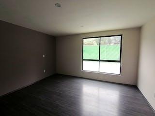 Una habitación que tiene una ventana en ella en Casa en venta en La Magdalena de 3 recámaras