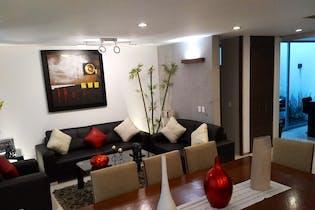 Casa en venta en Del Valle de 258mts, cuatro niveles