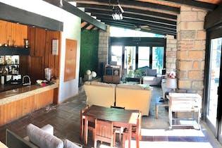 Casa en venta en San Bartolo Ameyalco, de 1980mtrs2