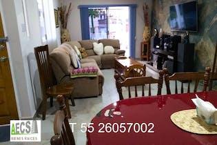 Casa en venta en Bosques Del Lago Sect 3 de 406mts, tres niveles