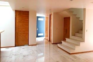 Casa en venta en Lomas Quebradas, 282mt