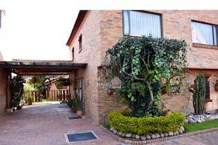 Se vende casa en San Jose Bavaria cuenta con 5 habitaciones